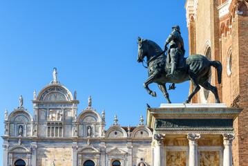 Fototapete - Statue of Bartolomeo Colleoni of 15th century, Venice, Italy. Renaissance monument on Campo Santi Giovanni in central Venice. Old square of Venice in summer. Medieval art and architecture of Venice.
