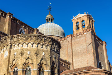 Fototapete - Basilica di San Giovanni e Paolo in summer, Venice, Italy. Medieval architecture of Venice at Campo Santi Giovanni. It is a tourist attraction of old Venice. One of the largest churches in Venice.