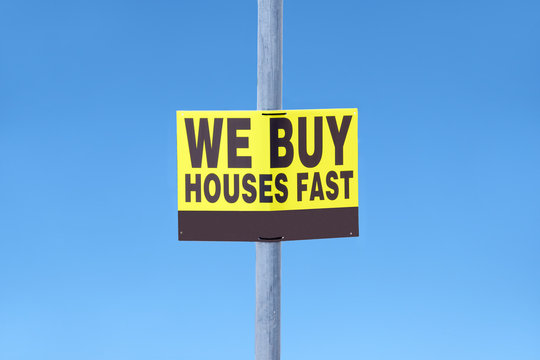 We buy houses fast sign for real estate property agent business