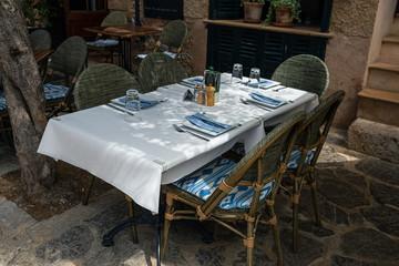 Street ancient Restaurante