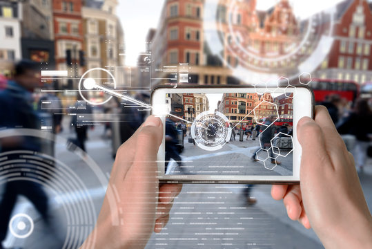 Augmented Reality device using smart technology, mixing virtual and augmentation reality through the application of artificial intelligence and computer AI tech assistance for urban navigation