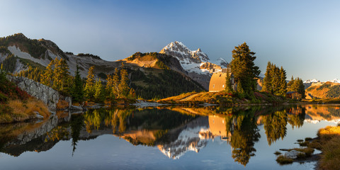 A picture perfect sunset from Elfin Lakes
