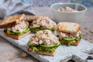 Photo sur Aluminium Snack Healthy Tuna Sandwich with Avocado and Cucumber