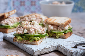 Foto op Plexiglas Snack Healthy Tuna Sandwich with Avocado and Cucumber