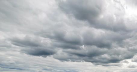 Fototapete - Cloudy sky 4K time lapse. Beautiful scenic dynamic landscape beauty nature.  Natural background, cloudscape. Wind energy.