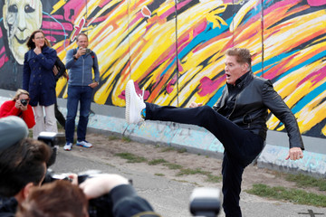 """Actor Hasselhoff presents audio book """"Up against the Wall - Mission Mauerfall"""" in Berlin"""