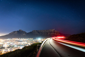 Cape Town and Table Mountain at night Fototapete