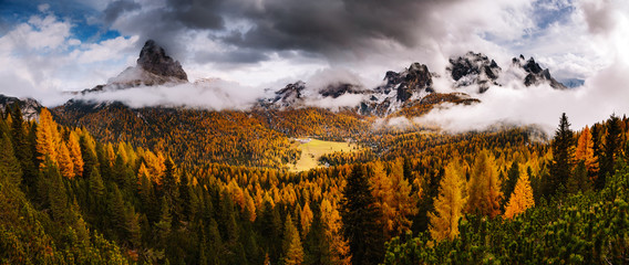 Wall Mural - Stunning image of the alpine valley. Location place National Park Tre Cime di Lavaredo, South Tyrol.