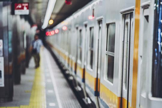 交通 電車イメージ