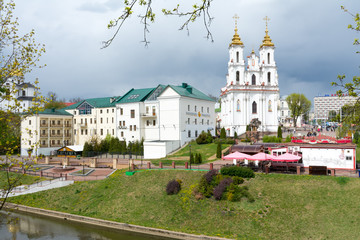 Vitebsk. View of the resurrection Church, assumption Cathedral and the river Vitba from the October bridge.