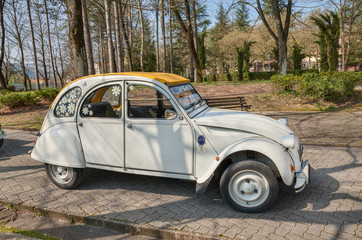 vintage French car Citroen 2CV