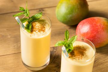 Fototapete - Homemade Sweet Indian Mango Lassi