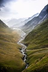 Riviere de montagne pyrenees