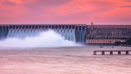 Foto auf Leinwand Rosa hell Dam