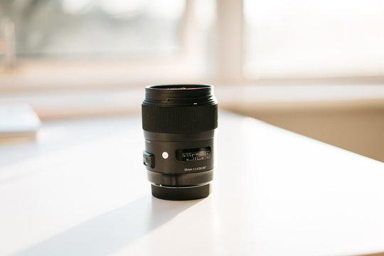 close up of sigma lens