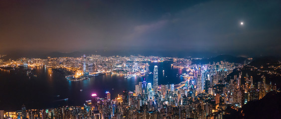 Fotomurales - Victoria Harbour, Center of Hong Kong cityscape at night