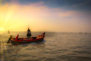 Venedig Boot abendrot