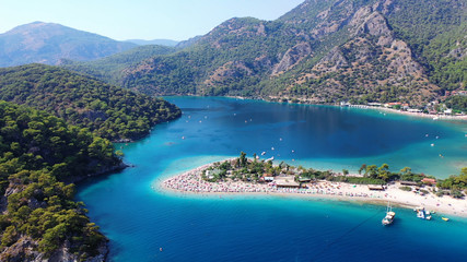 Tuinposter Kust Oludeniz Blue Lagoon. Oludeniz is a amazing beach on the southwest coast of Turkey.