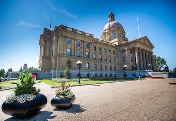 La pose en embrasure Palerme Edmonton city, Alberta, Canada