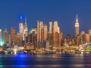Aluminium Prints City building New York City Manhattan midtown buildings skyline at night