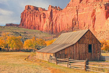 Acrylic Prints Coral Old wooden barn in the Utah Desert, USA.