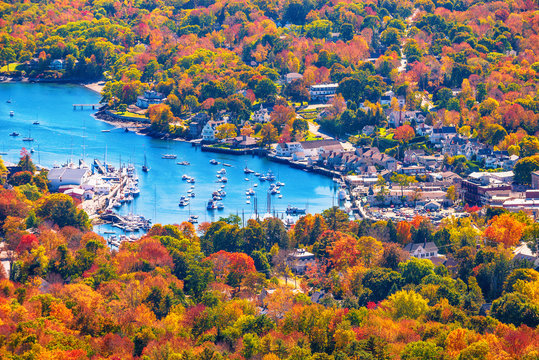 View from Mount Battie overlooking Camden harbor, Maine. Beautiful New England autumn foliage colors in October.