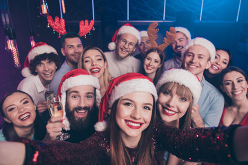 Self-portrait of nice-looking attractive lovely cheerful cheery positive glad funny ladies and guys having fun rest relax chill out time at luxury fogged nightclub indoors