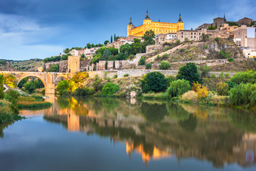 Fotomurales - Toledo, Spain on the Tagus River at night