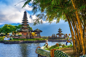 Canvas Prints Place of worship pura ulun danu bratan temple in Bali, indonesia.