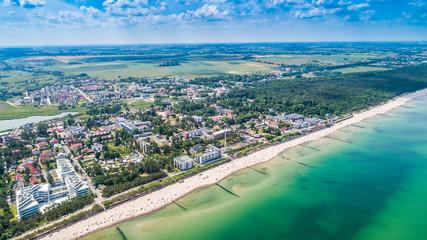 Mielno – piękne miasto i kurort pomiędzy Morzem Bałtyckim a Jeziorem Jamno