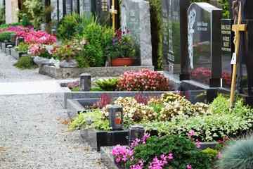 Friedhof, Allerheiligen, Gräber, Textraum