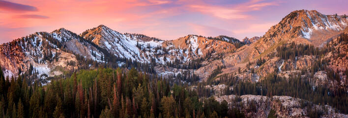 Poster Mountains Sunrise panorama in the Wasatch Mountains, Utah, USA.