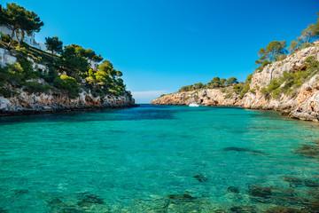 Foto auf Leinwand Blau Bay in Mallorca