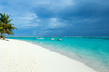Obraz Beautiful tropical Maldives island with beach , sea , and blue sky for nature holiday vacation background concept - fototapety do salonu