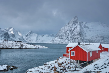 Fotomurales - Hamnoy fishing village on Lofoten Islands, Norway