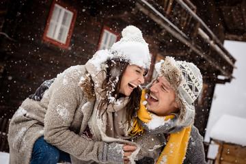 Fototapete - Portrait einer Winter Liebe