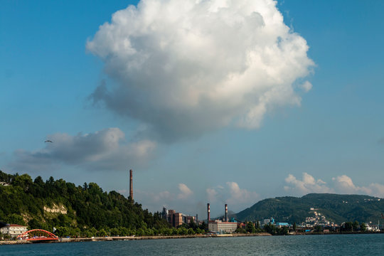 Zonguldak eregli district, fishing boats and erdemir iron and steel factory behind
