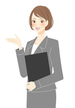カウンセラー キャリアアドバイザー スーツ姿の女性 笑顔