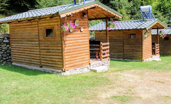 Small wooden houses to camping