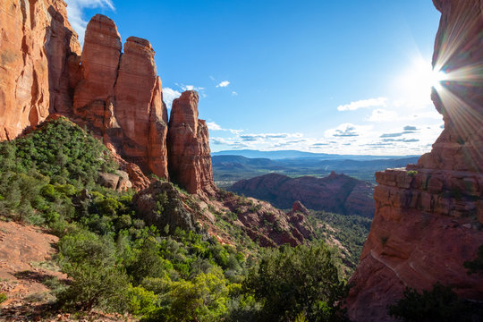 Sedona is a red rock city in Arizona, United States of America, red sandstone formations, travel USA, tourism, beautiful landscape, popular place for all type of hikers, hiking and outdoor paradise