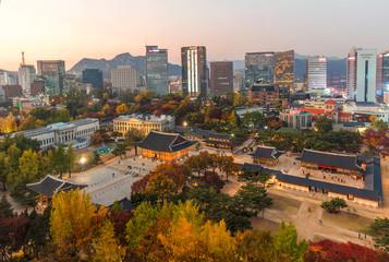 Staande foto Centraal-Amerika Landen AerialView Of Deoksugung Palace in Autumn season Seoul,South Korea.