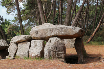 Mane Kerioned Dolmens - megalithic monument, Carnac