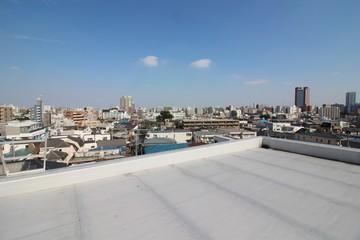 屋上防水と住宅地の眺望