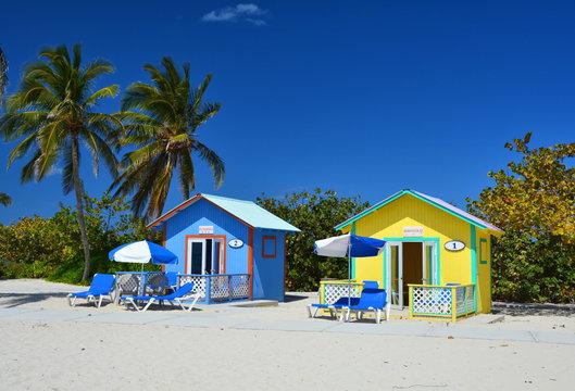 ELEUTHERA, BAHAMAS - MARCH 21, 2017 : Colorful bungalows on the Eleuthera island beach.