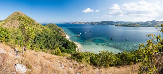 Panorama des Philippines depuis El rio y mar