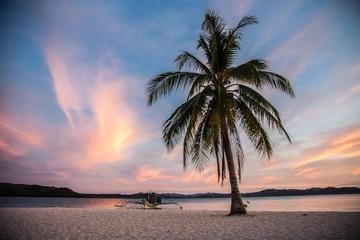 Obraz Bezludna wyspa - fototapety do salonu