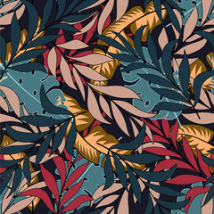 Foto op Canvas Paradijsvogel Botanical seamless tropical pattern with bright red and blue leaves and plants on a light background. Seamless pattern with colorful leaves and plants. Tropic leaves in bright colors.