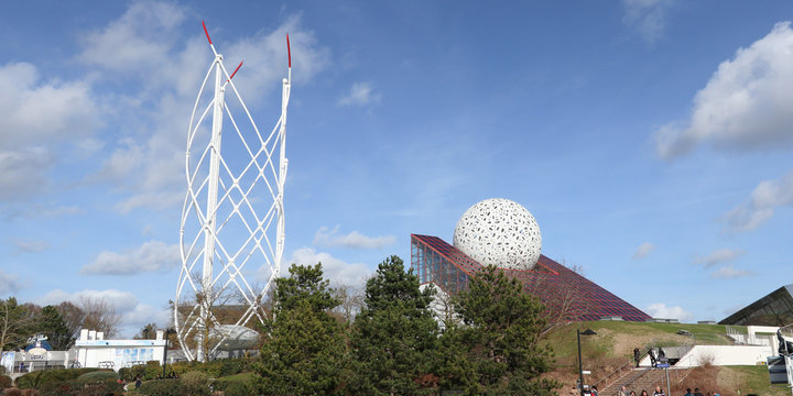 Poitiers Futuroscope geode is place with cinema history of department of vienne