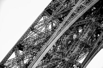 Poster de jardin Tour Eiffel Architectural details of the Eiffel Tower in Paris