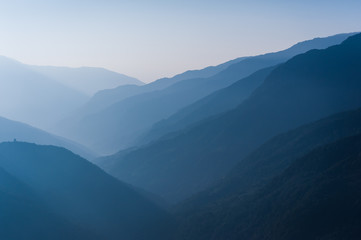 Photo sur Aluminium Bleu nuit Beautiful Bhutanese mountain range